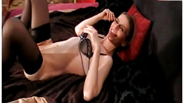 Erika Kurisu es clavada videos de lesbianas españolas gratis y se corre en la boca