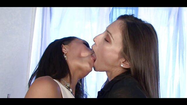 Semen en su cara videos caseros de lesbianas españolas - Presentación de diapositivas 2