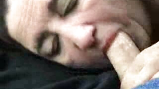 JC videos lesbianas maduras en español 3 lesbianas locas en la playa