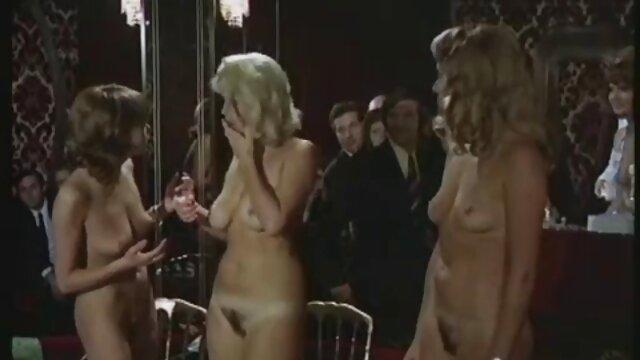 Novia videos lesbianas españolas engañada contenida para un sexgame de venganza